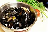 Sauteed Mussels With Garlic And Herbs