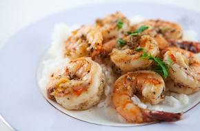 grilled-garlic-prawns