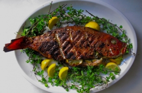 whole-red-snapper